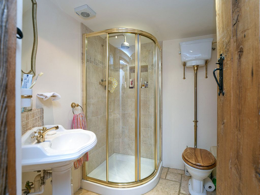 5 bed  for sale in Bangor-on-dee, Wrexham  - Property Image 20