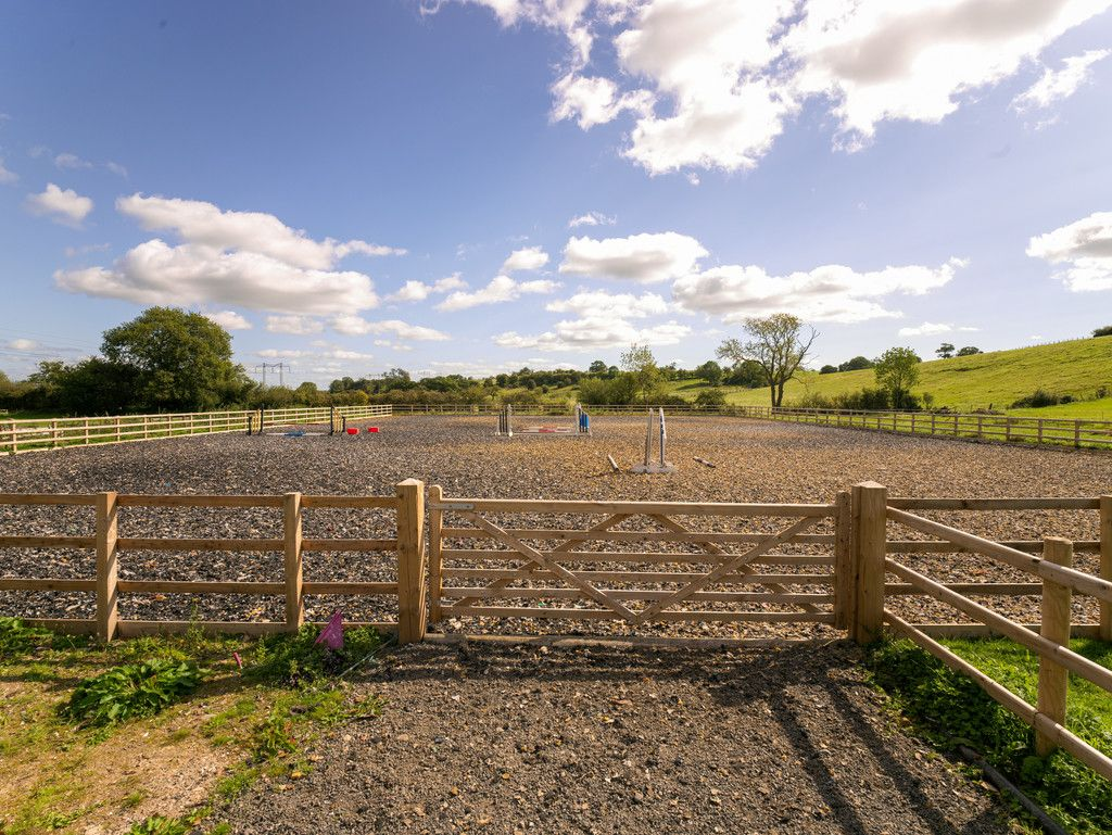 5 bed  for sale in Bangor-on-dee, Wrexham  - Property Image 3
