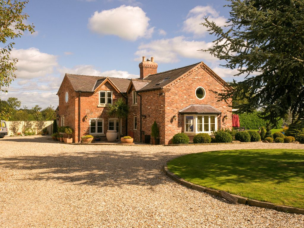 5 bed  for sale in Bangor-on-dee, Wrexham  - Property Image 21