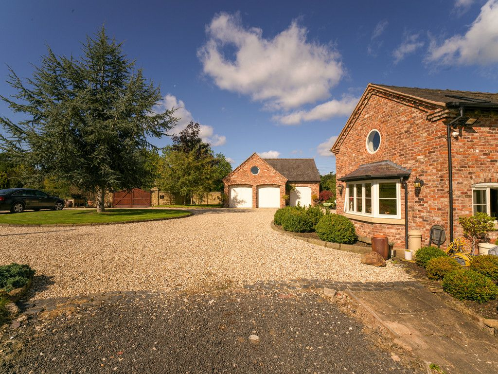 5 bed  for sale in Bangor-on-dee, Wrexham  - Property Image 22