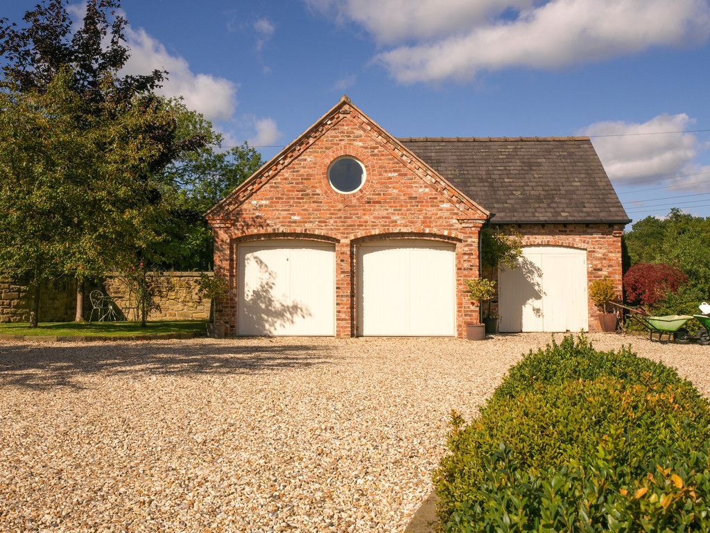 5 bed  for sale in Bangor-on-dee, Wrexham  - Property Image 23