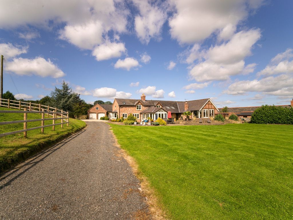 5 bed  for sale in Bangor-on-dee, Wrexham 24