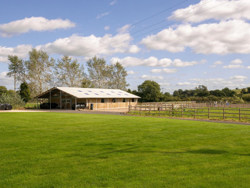 5 bed  for sale in Bangor-on-dee, Wrexham  - Property Image 25