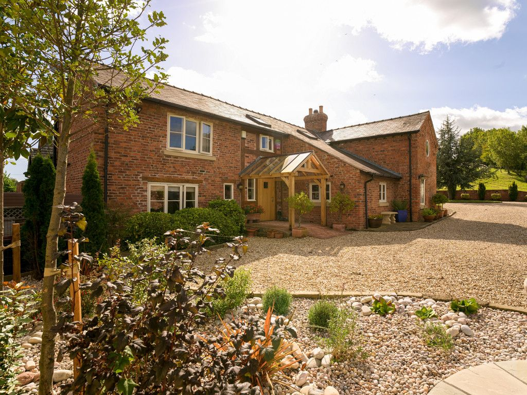 5 bed  for sale in Bangor-on-dee, Wrexham 4