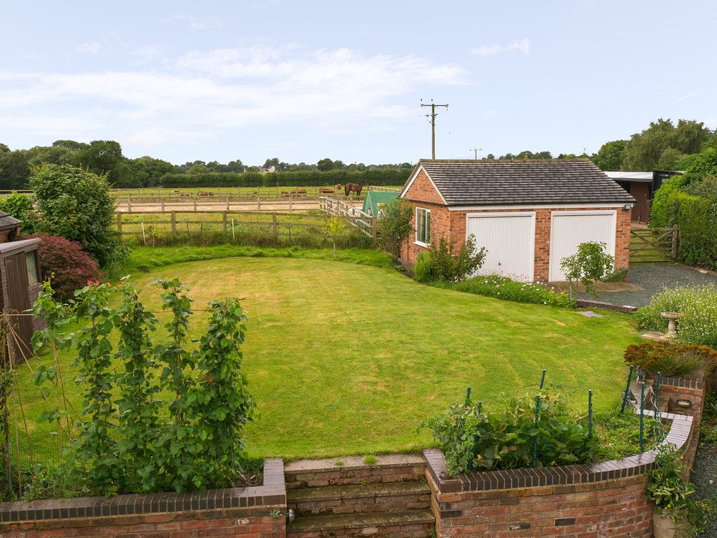 4 bed house for sale in Longhill Lane, Hankelow  - Property Image 19
