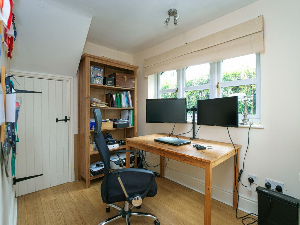 4 bed house for sale in Longhill Lane, Hankelow  - Property Image 9