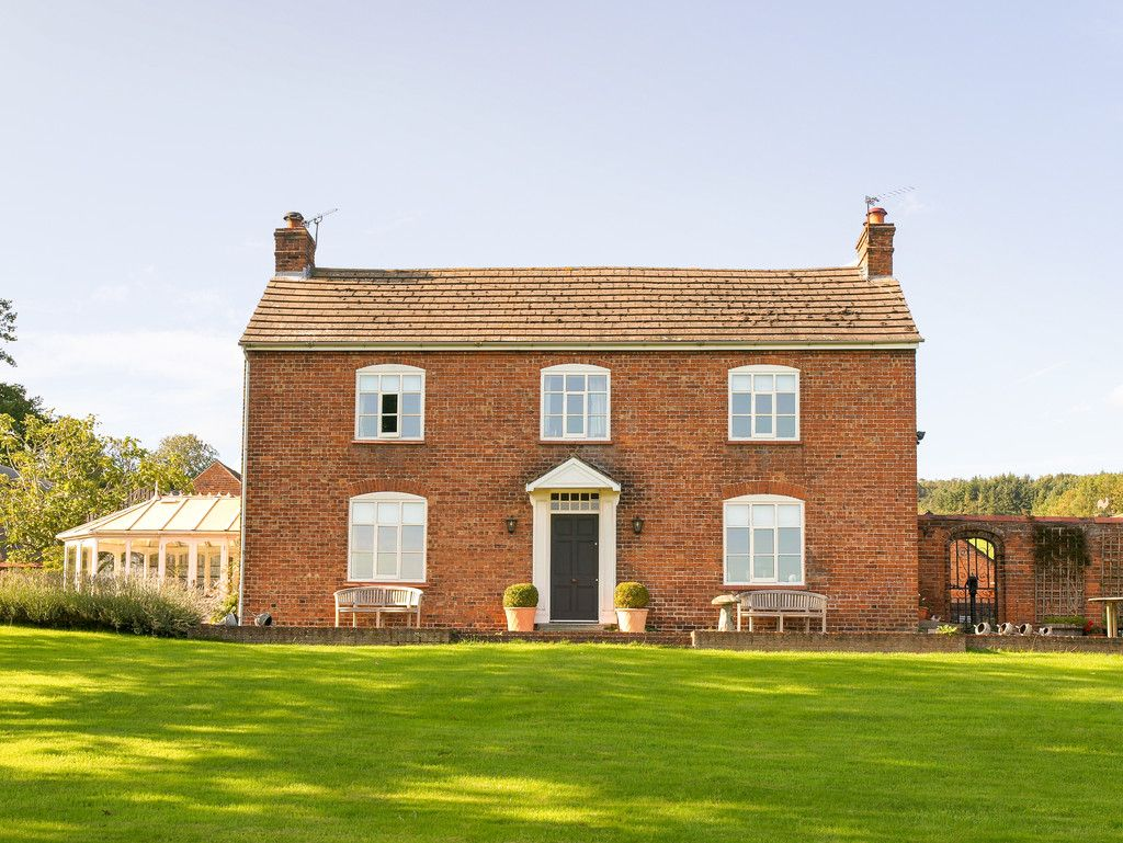 4 bed house for sale in Worthen, Shrewsbury  - Property Image 3