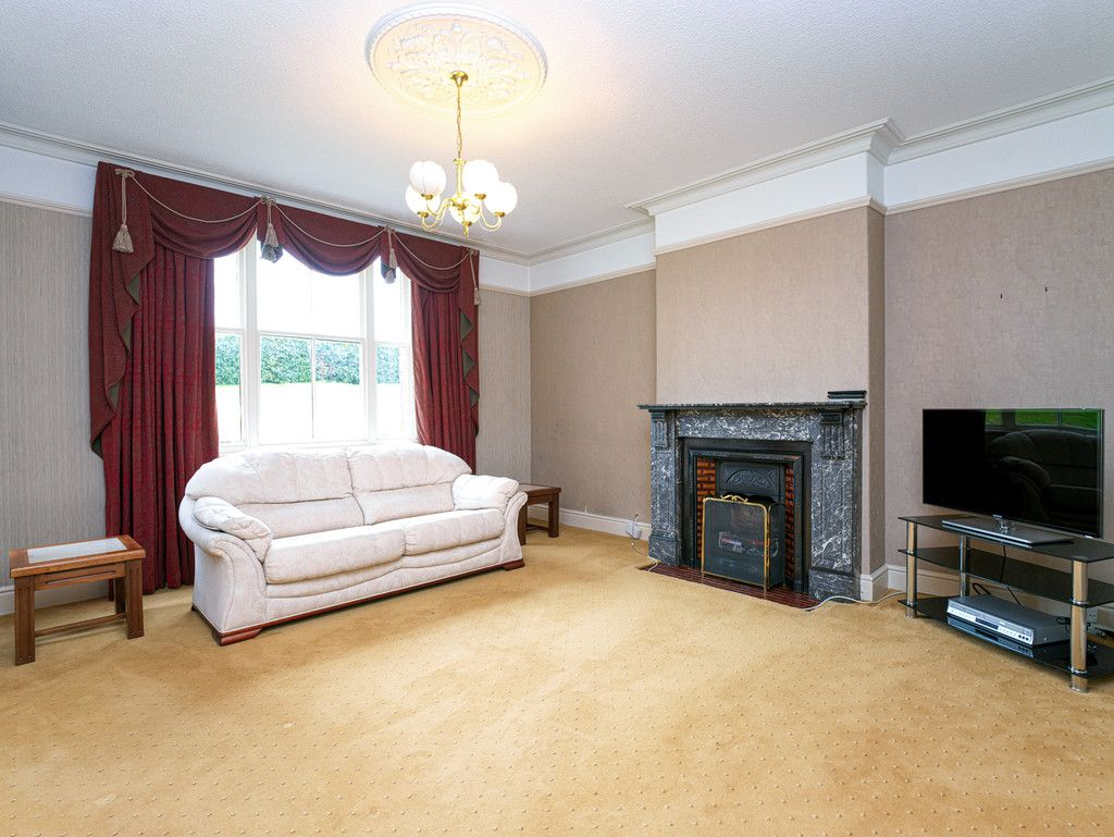 6 bed house for sale in Whitchurch, Shropshire  - Property Image 8