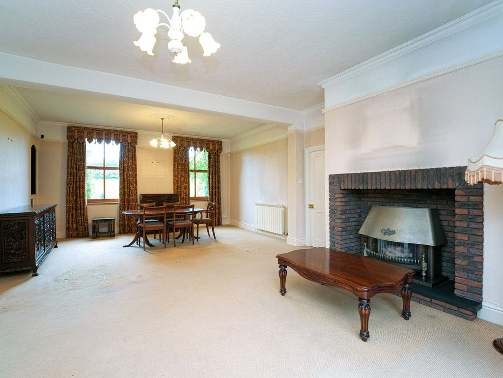 6 bed house for sale in Whitchurch, Shropshire 9