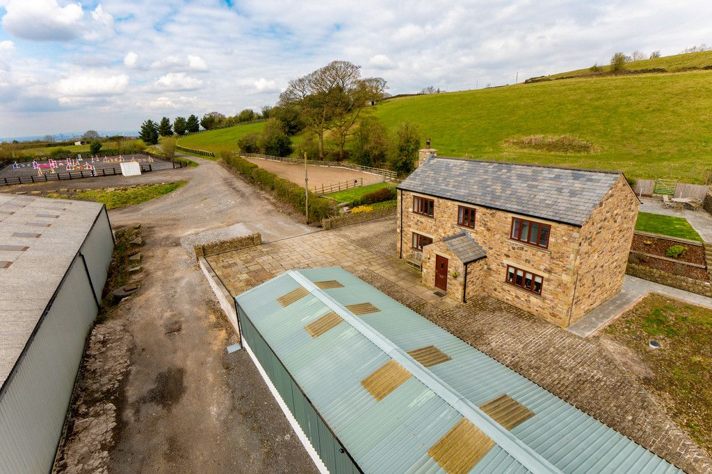 3 bed house for sale in Marple, Cheshire 3