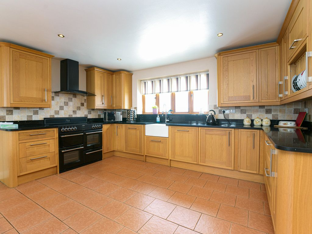 3 bed house for sale in Marple, Cheshire 4