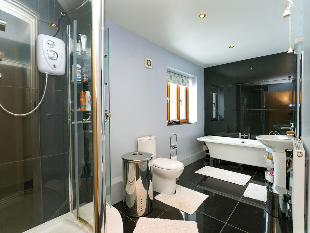 3 bed house for sale in Marple, Cheshire  - Property Image 10