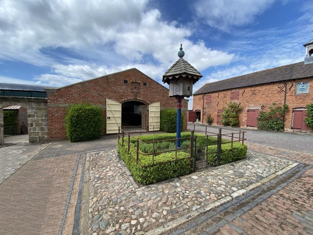 to rent in Market Drayton, Shropshire, TF9