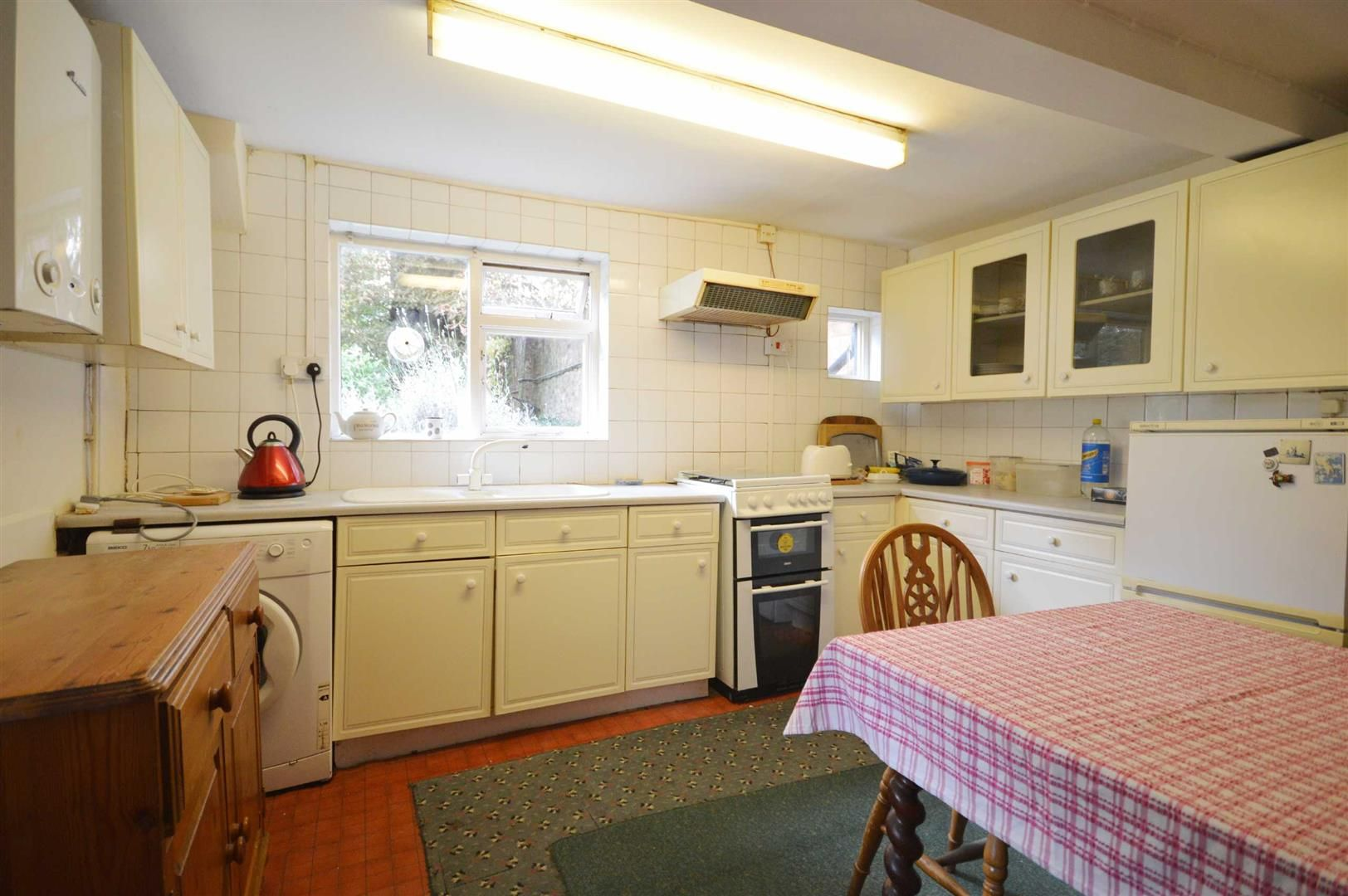3 bed cottage for sale in Leominster 3