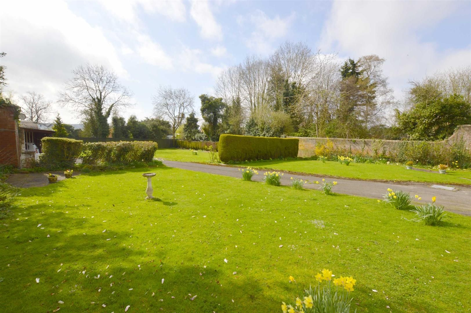 6 bed semi-detached for sale in Leominster  - Property Image 8