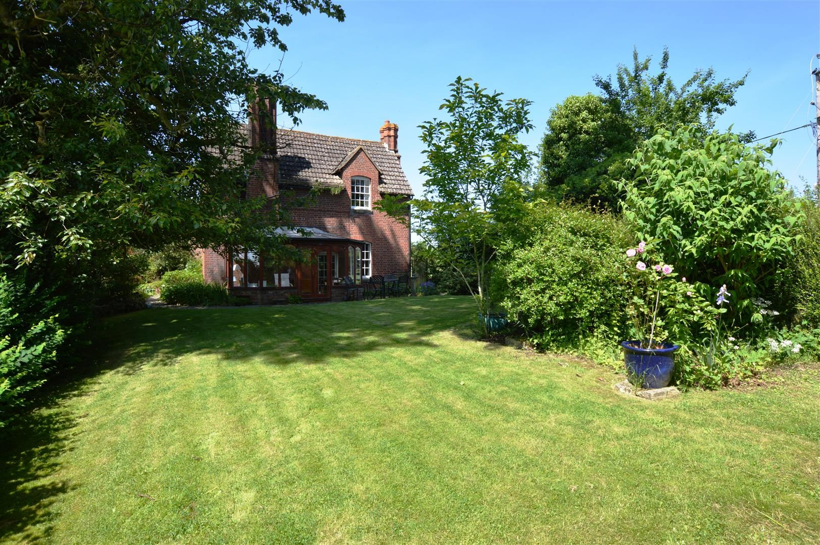 4 bed house for sale in Monkland  - Property Image 11