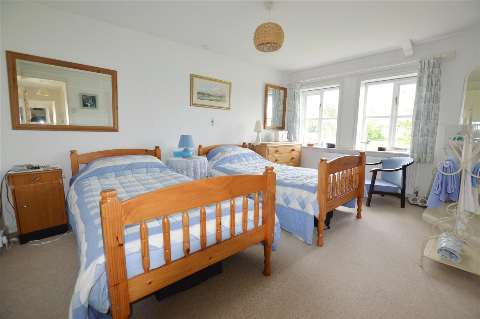 4 bed house for sale in Monkland 7