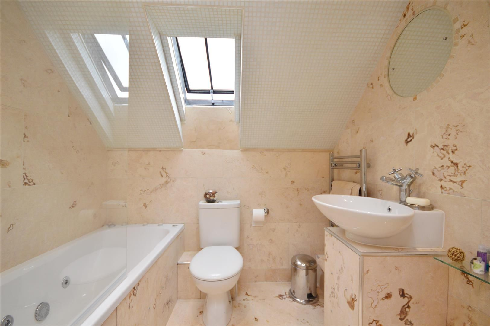 3 bed semi-detached for sale in Staunton-On-Wye 8