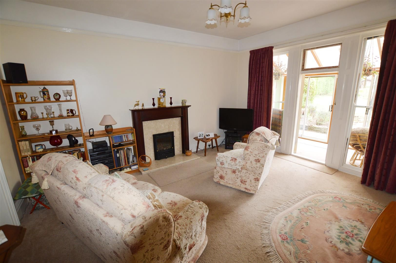 6 bed detached for sale in Leominster 4