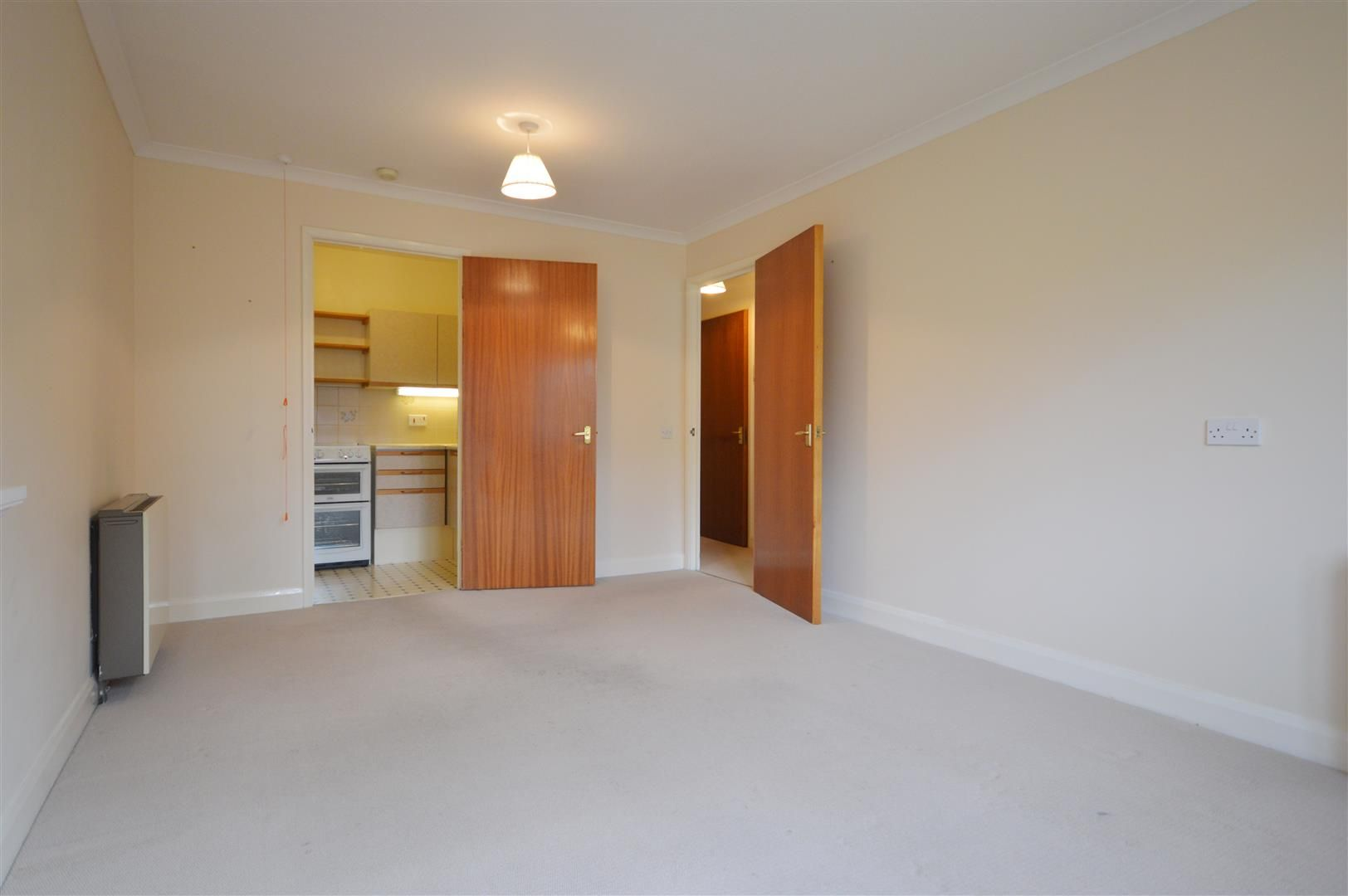 1 bed retirement property for sale in Leominster 4