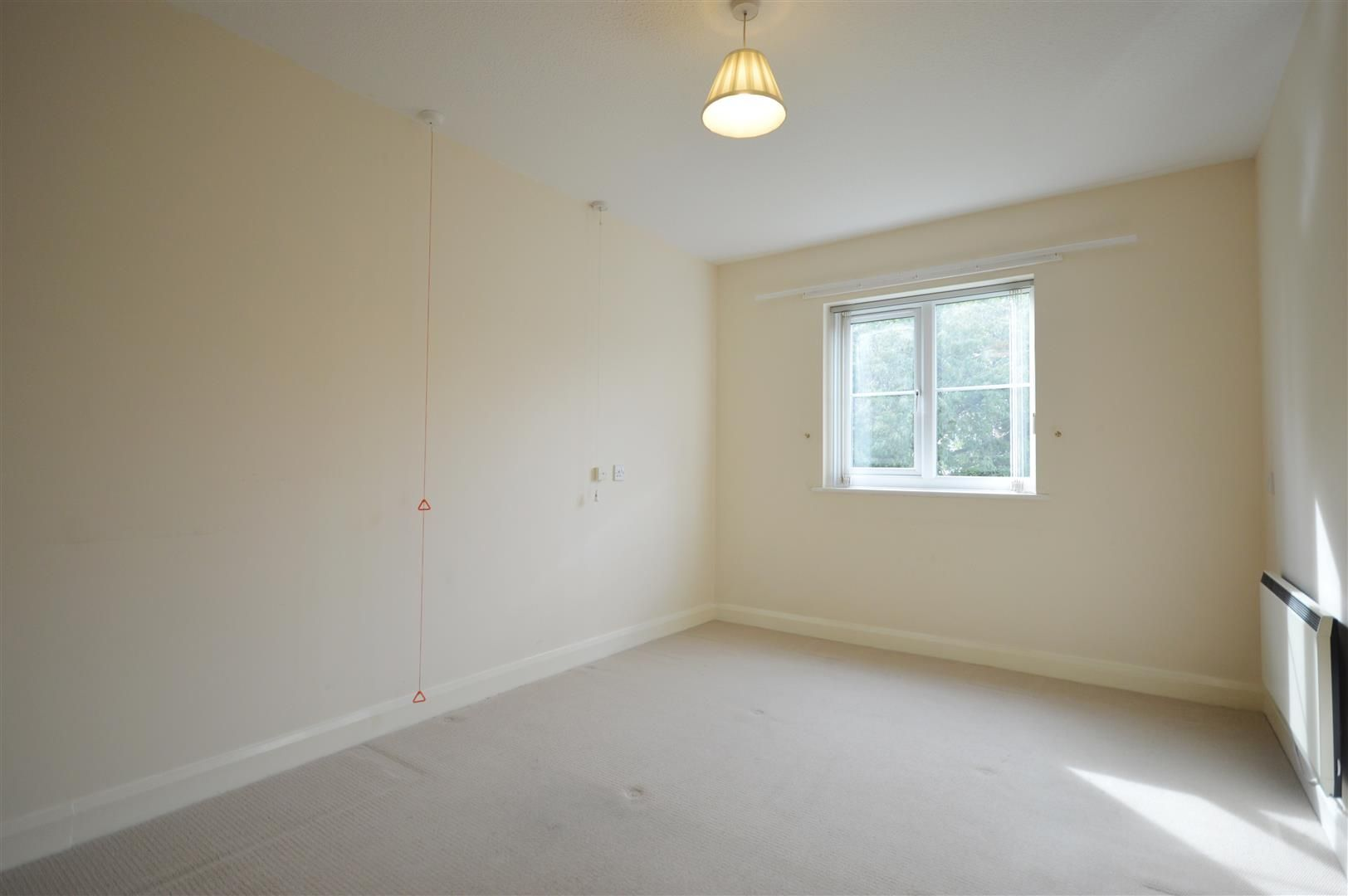 1 bed retirement property for sale in Leominster 5