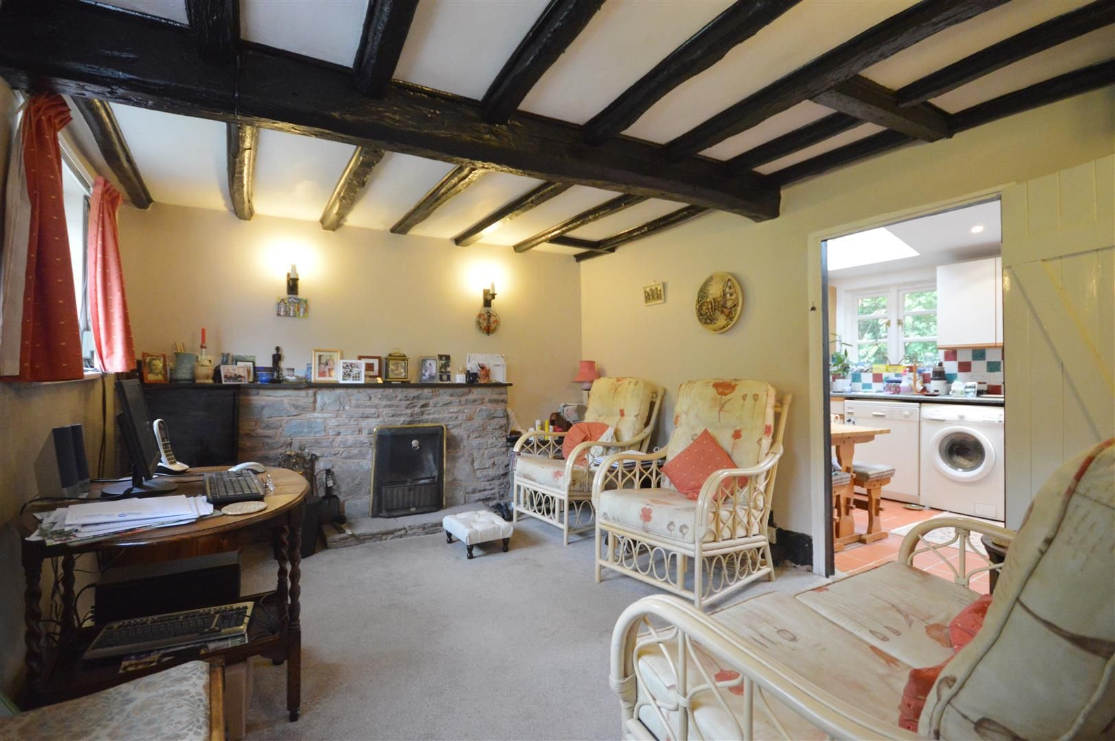 3 bed cottage for sale in Ledgemoor 5