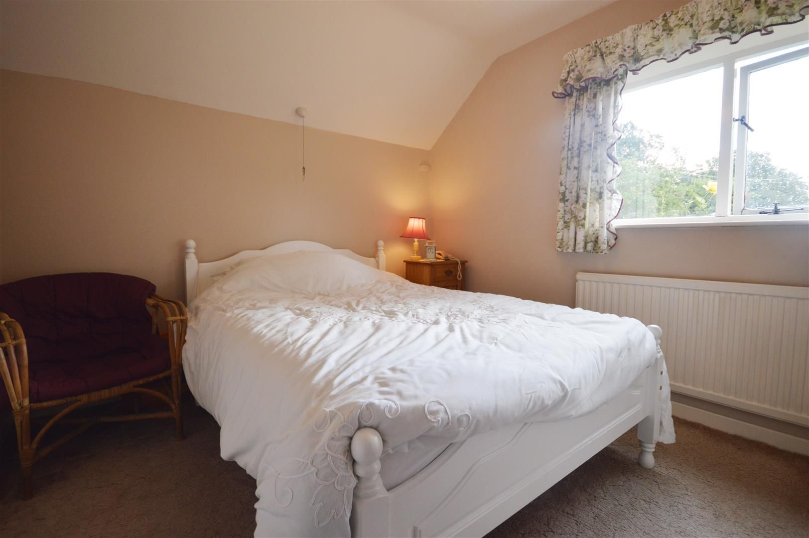 3 bed cottage for sale in Ledgemoor 8