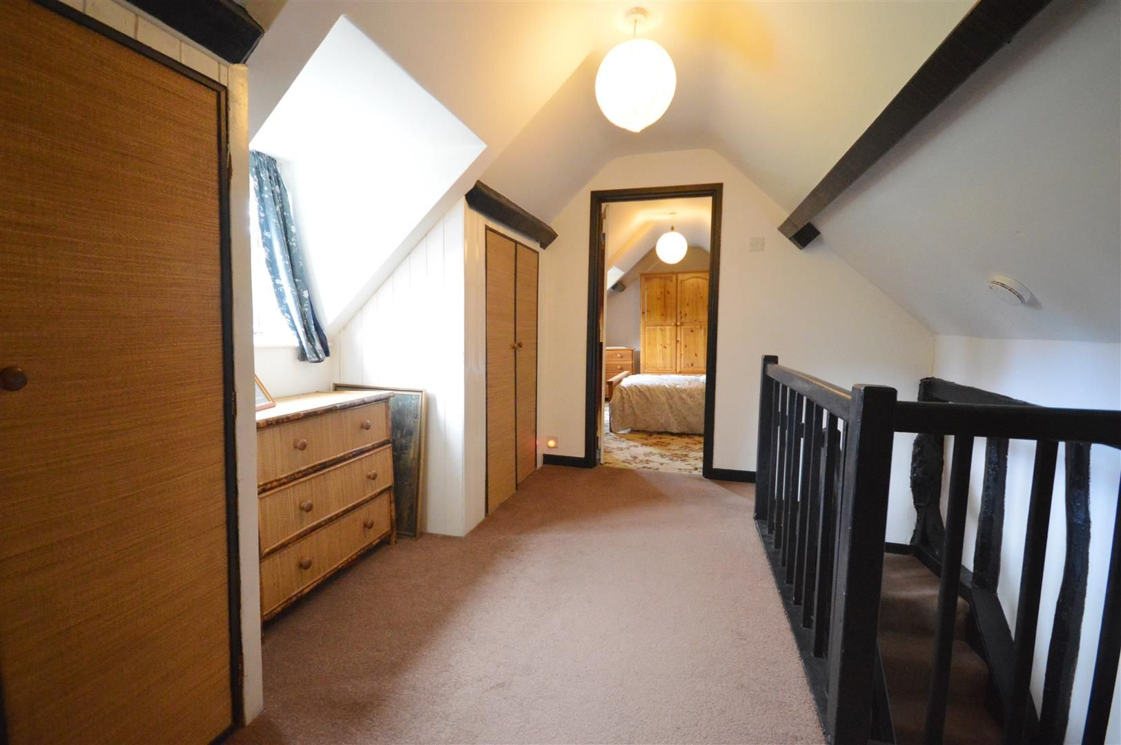 3 bed cottage for sale in Ledgemoor 9