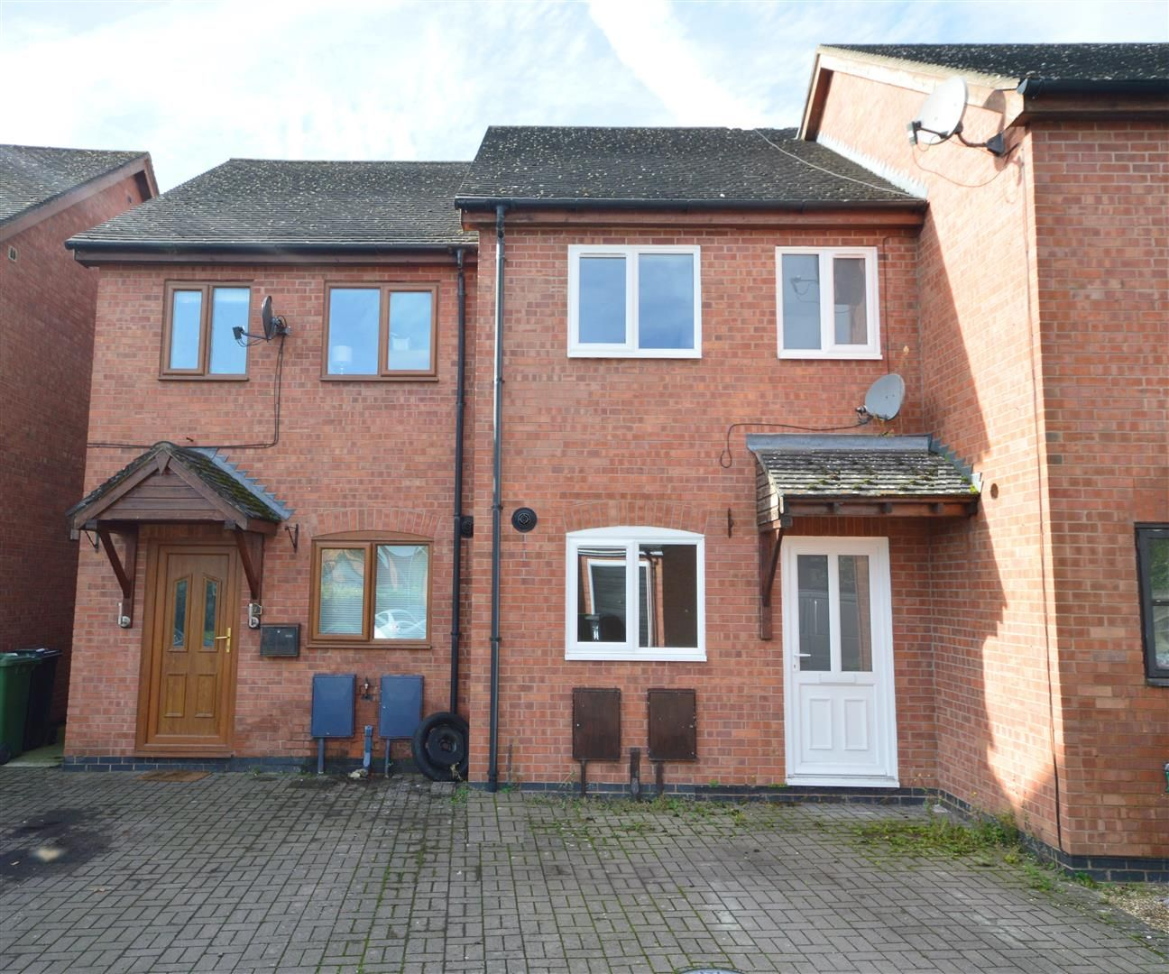 2 bed terraced for sale in Lower Bullingham 2