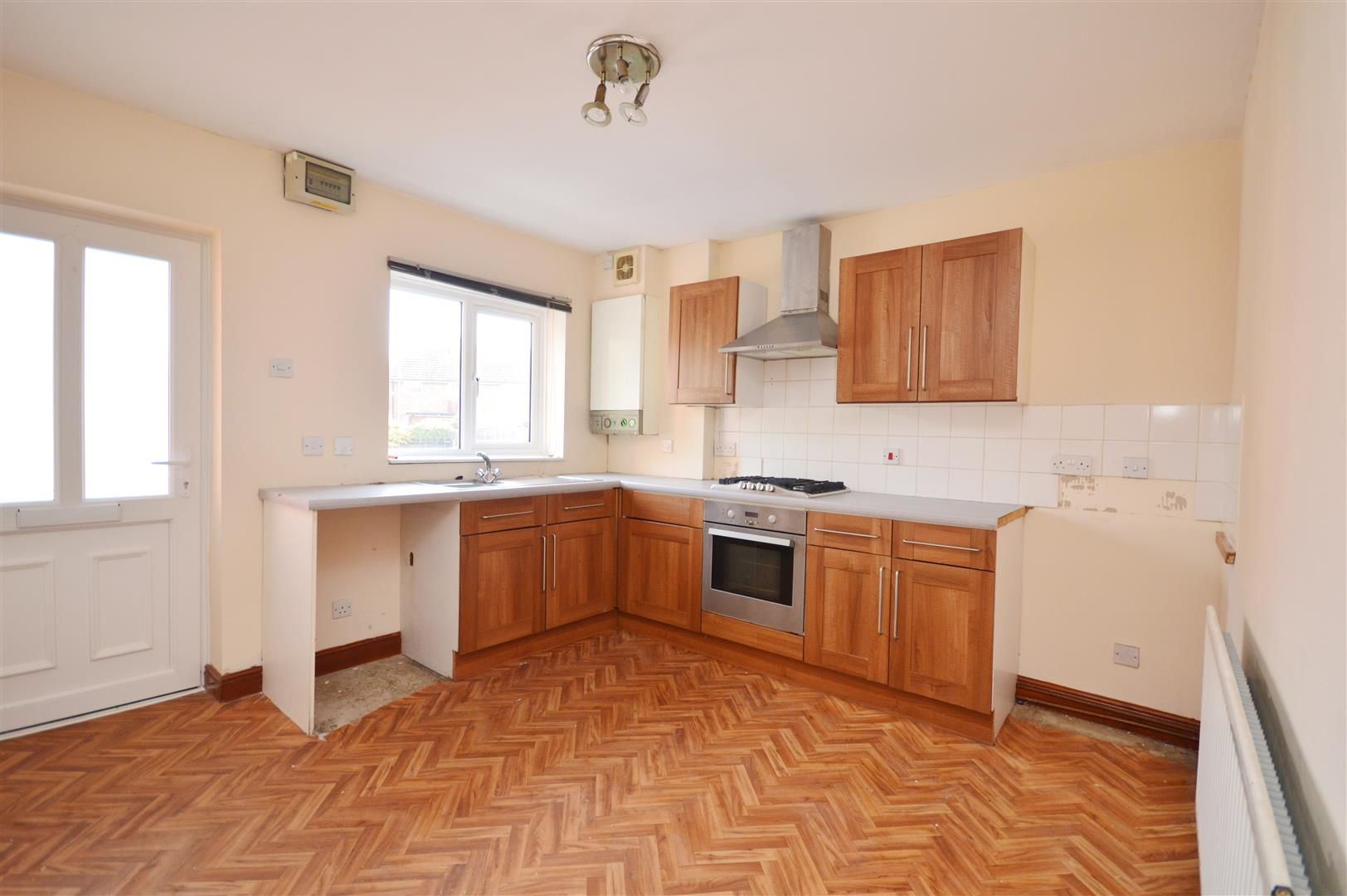 2 bed terraced for sale in Lower Bullingham 6