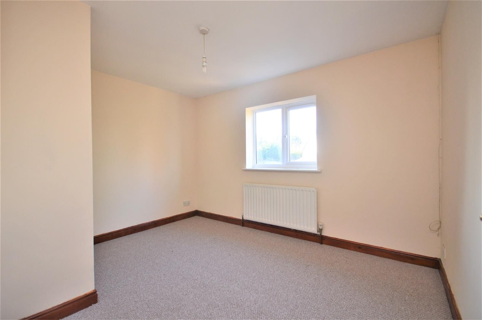 2 bed terraced for sale in Lower Bullingham 8
