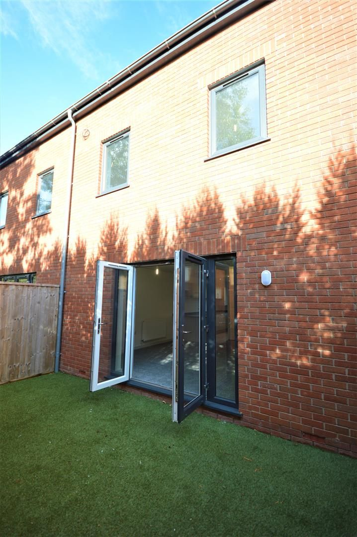 3 bed terraced for sale in Leominster 16