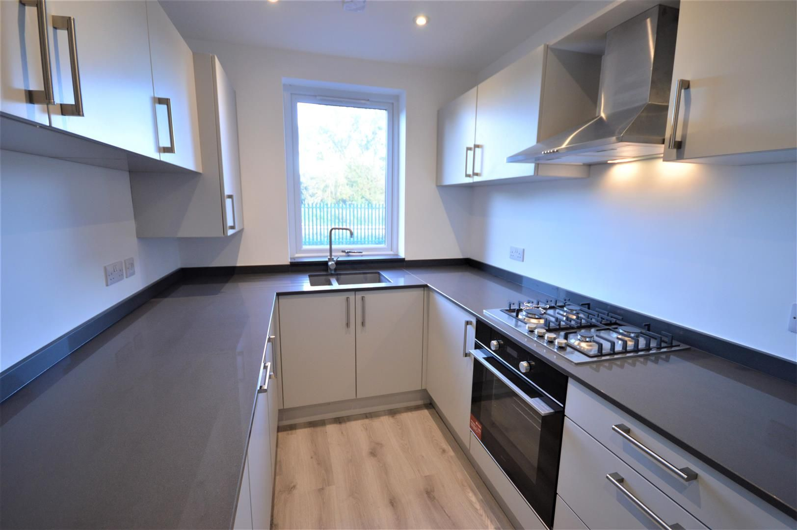3 bed terraced for sale in Leominster  - Property Image 3