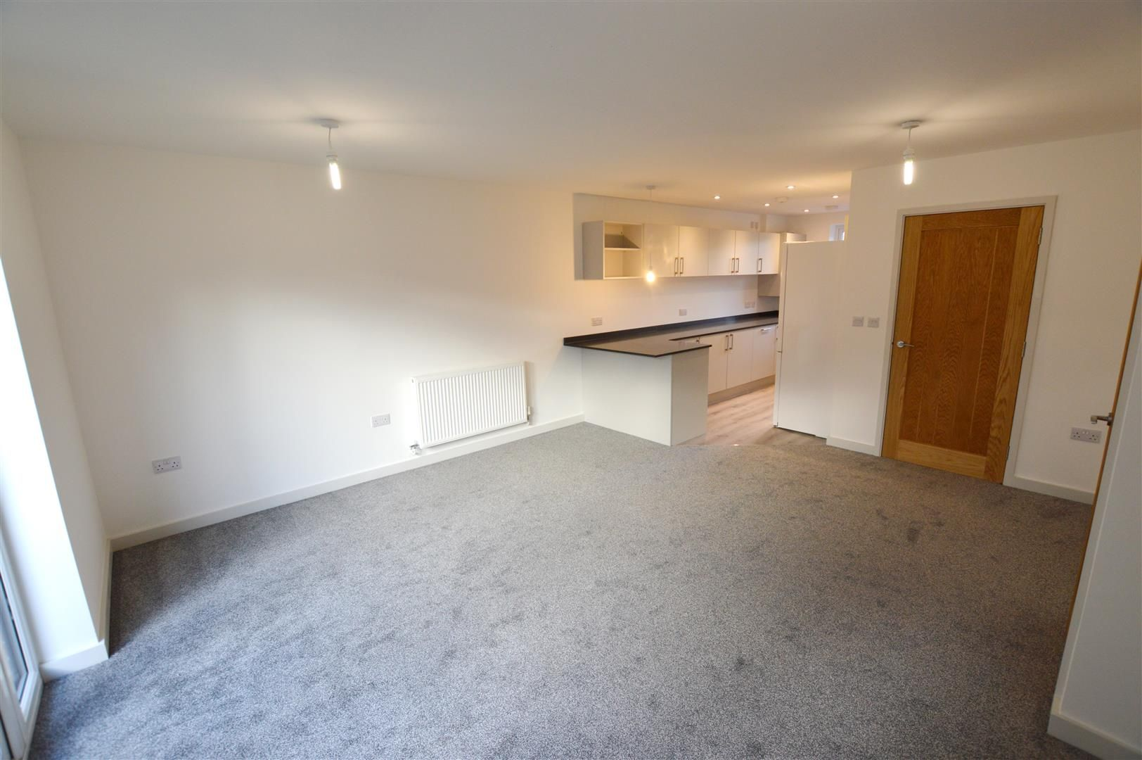 3 bed terraced for sale in Leominster 4