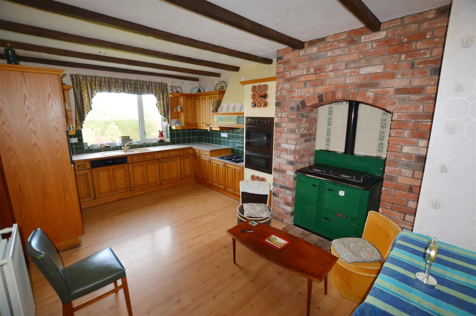 3 bed detached-bungalow for sale in Llandrindod Wells  - Property Image 2