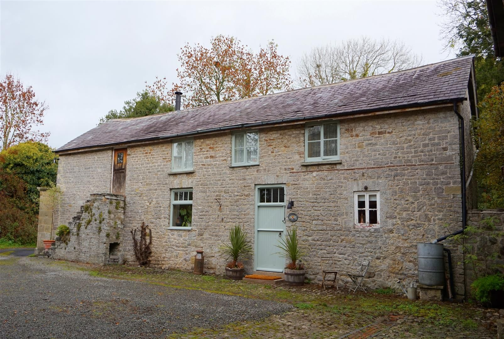 3 bed detached for sale in Presteigne 1
