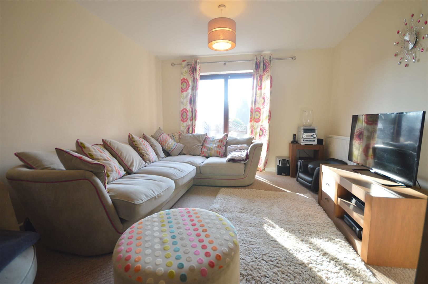 3 bed end-of-terrace for sale in Leominster  - Property Image 2