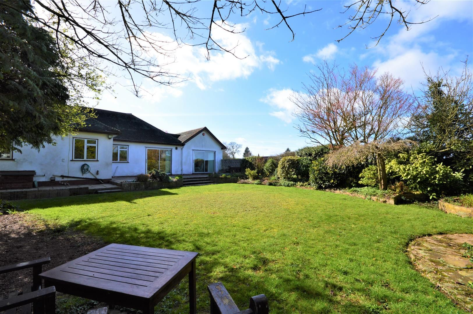 3 bed detached-bungalow for sale in Burghill 11