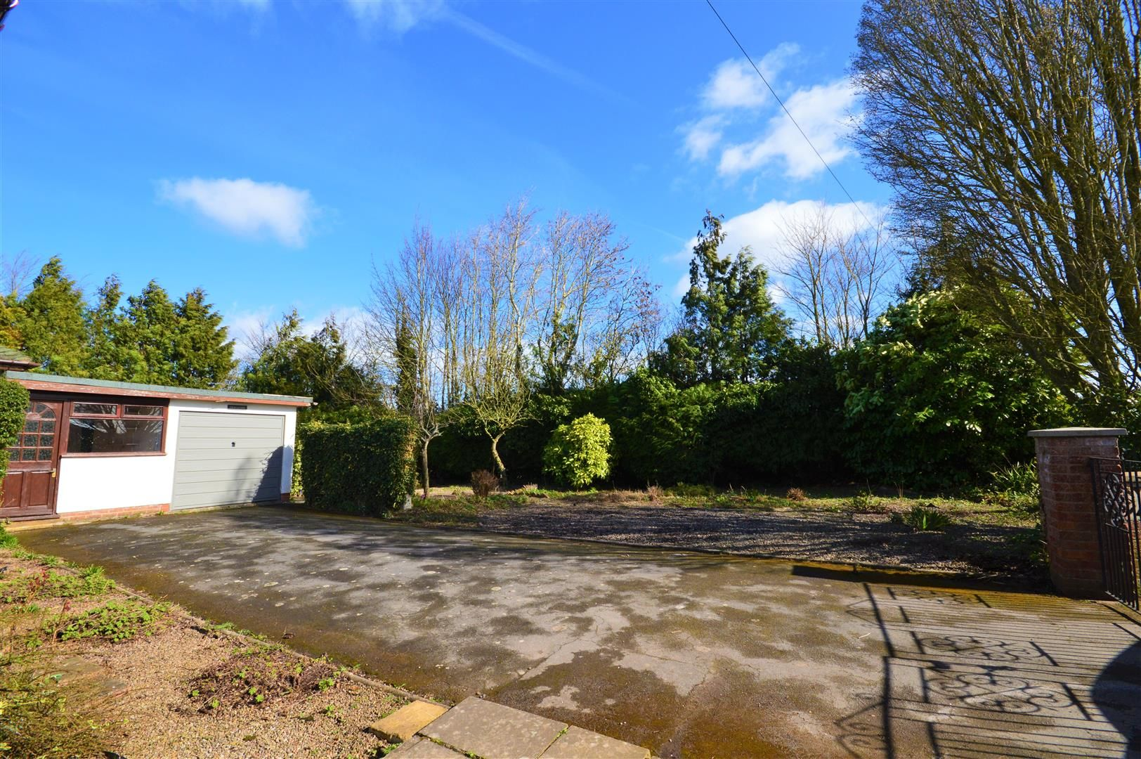 3 bed detached-bungalow for sale in Burghill 13