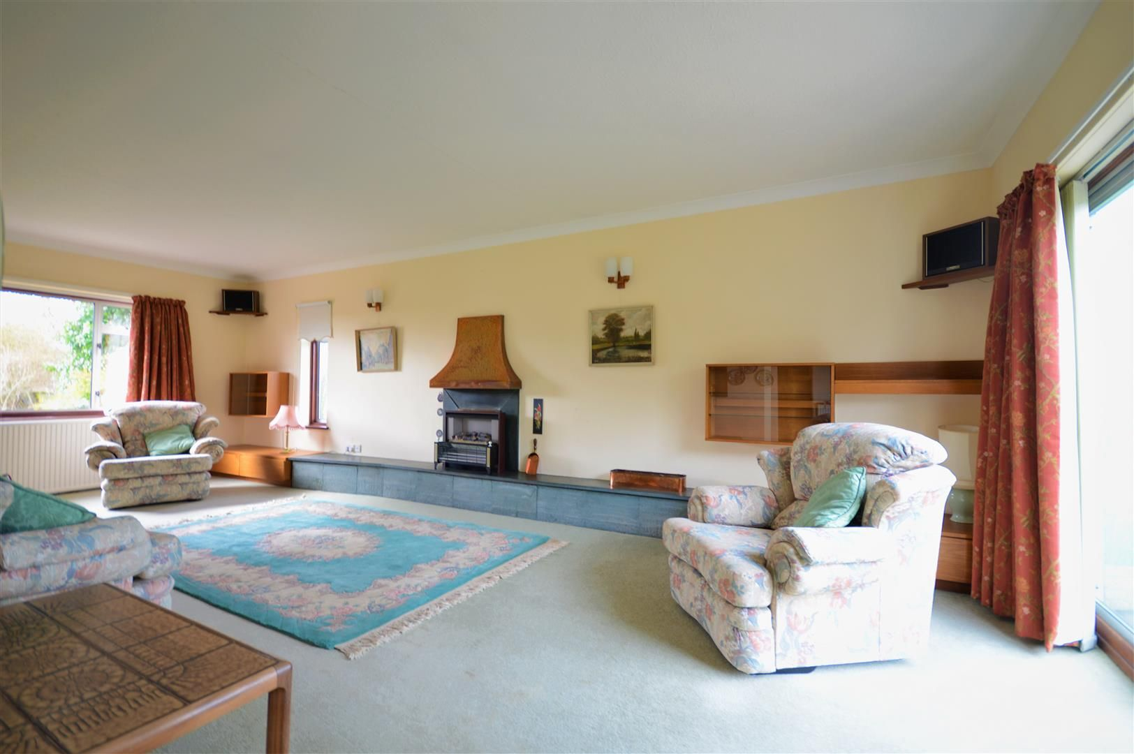 3 bed detached-bungalow for sale in Burghill 3