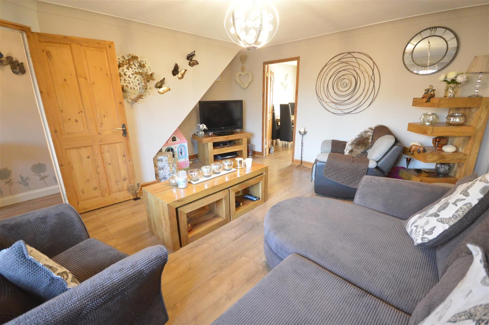 3 bed semi-detached for sale in Leominster 13