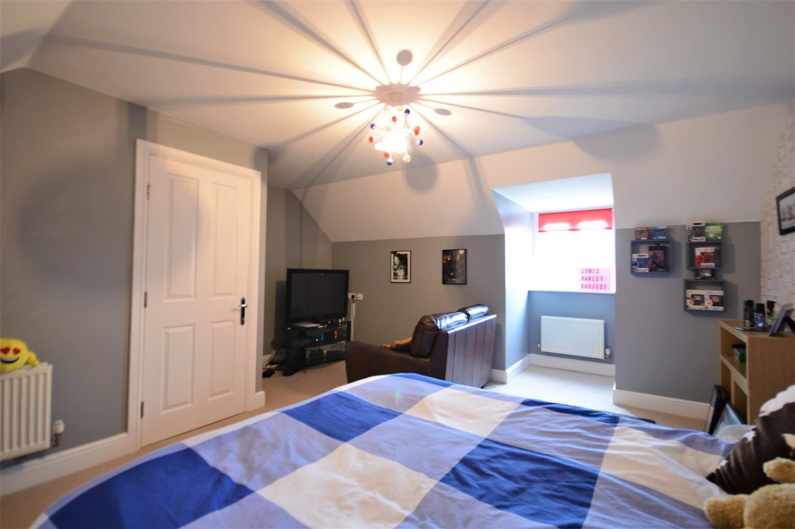 5 bed detached for sale in Kingstone 12