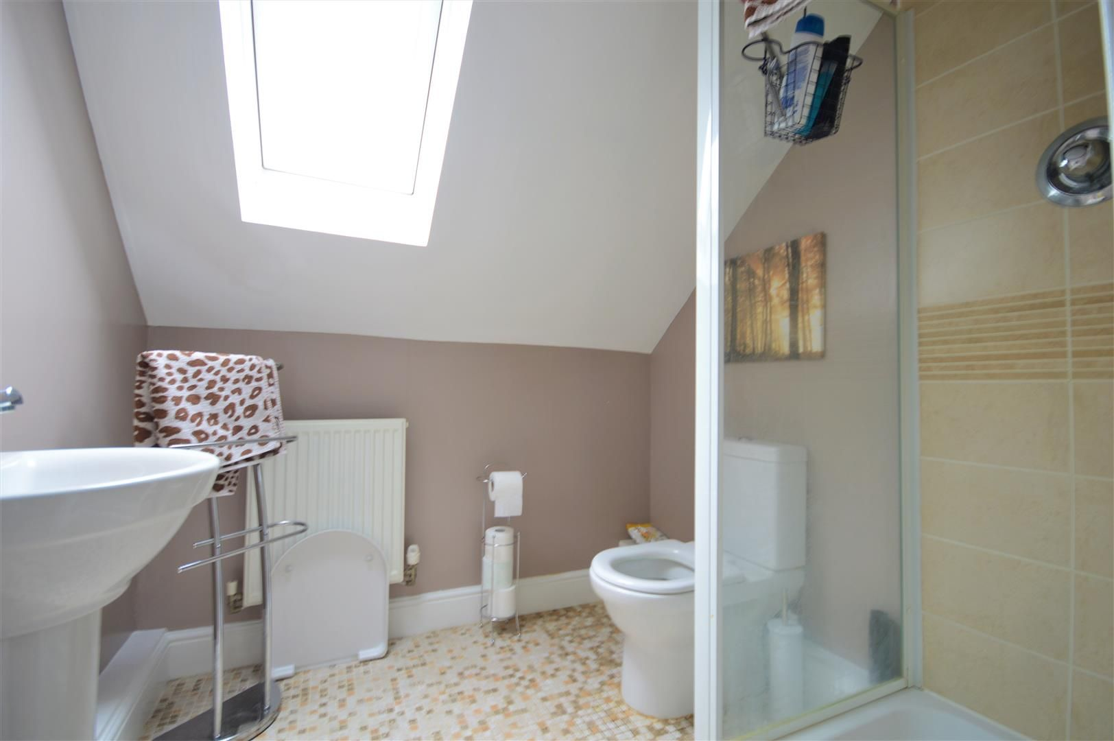 5 bed detached for sale in Kingstone 16