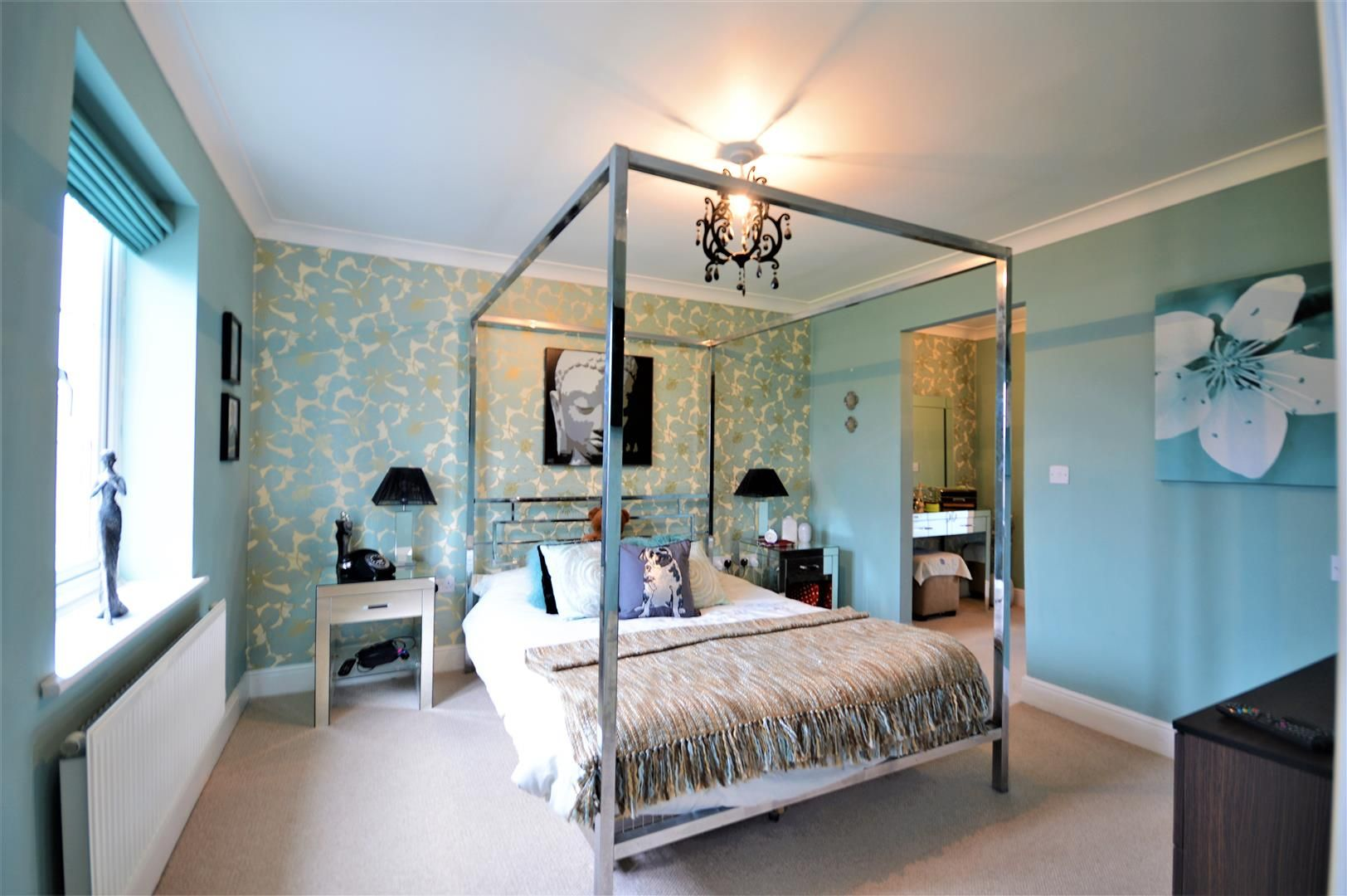 5 bed detached for sale in Kingstone 7