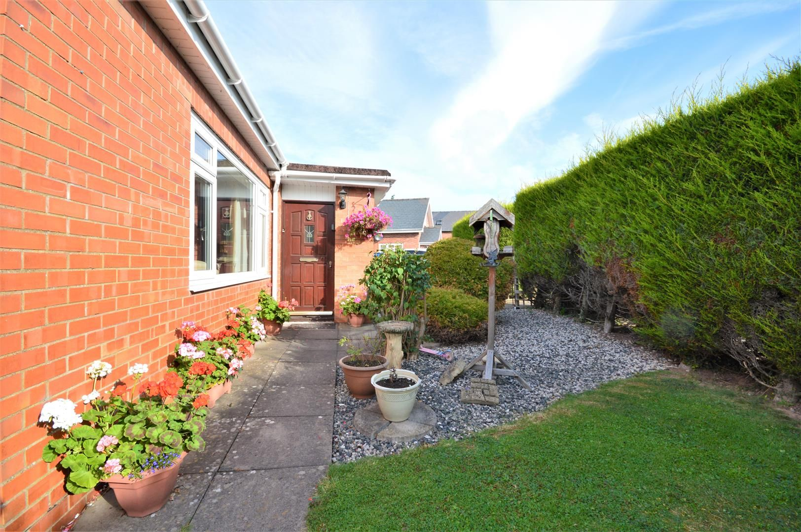4 bed detached-bungalow for sale in Marden 14