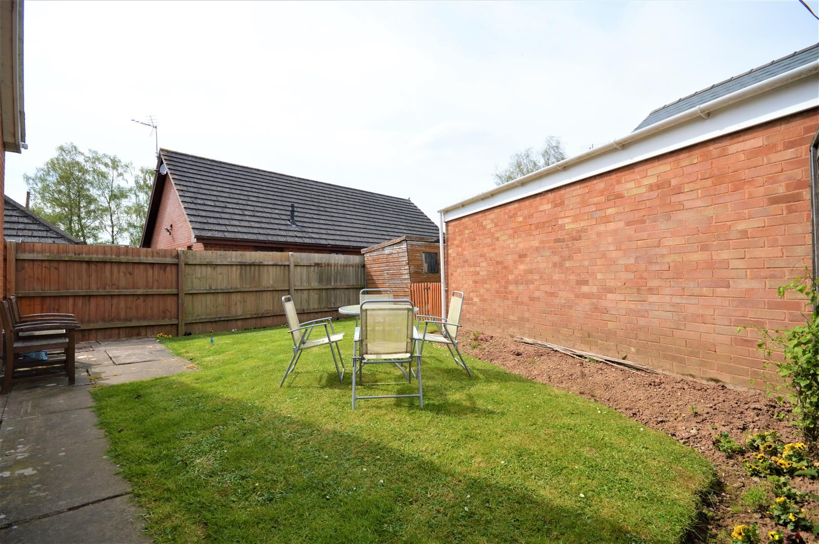 4 bed detached-bungalow for sale in Marden 16