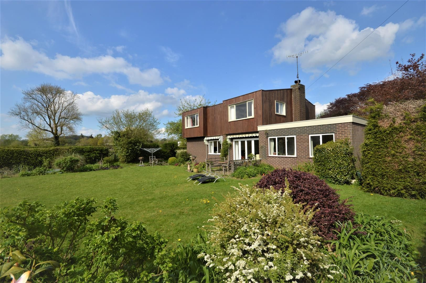 3 bed detached for sale in Eardisland  - Property Image 2