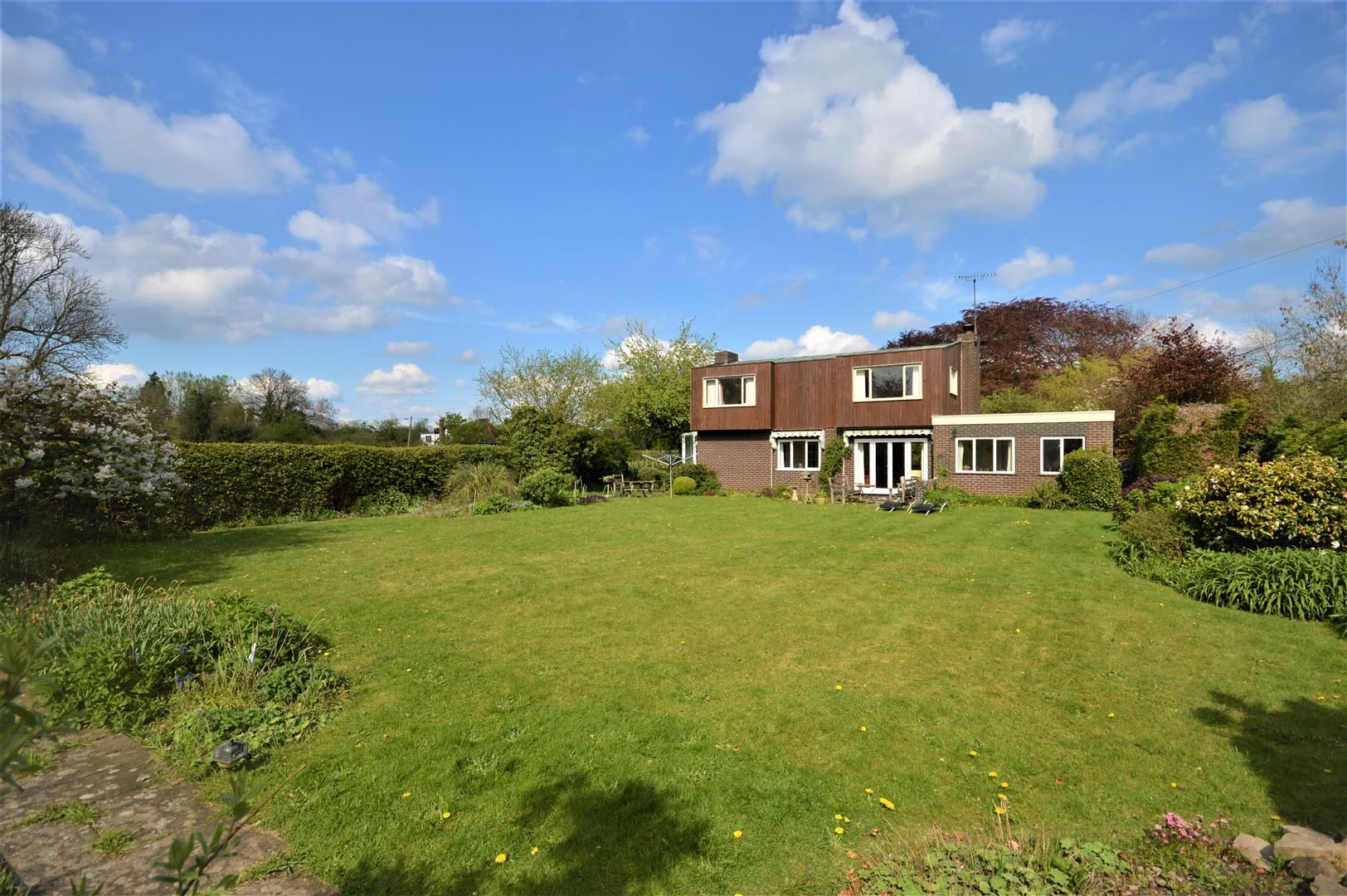 3 bed detached for sale in Eardisland 15