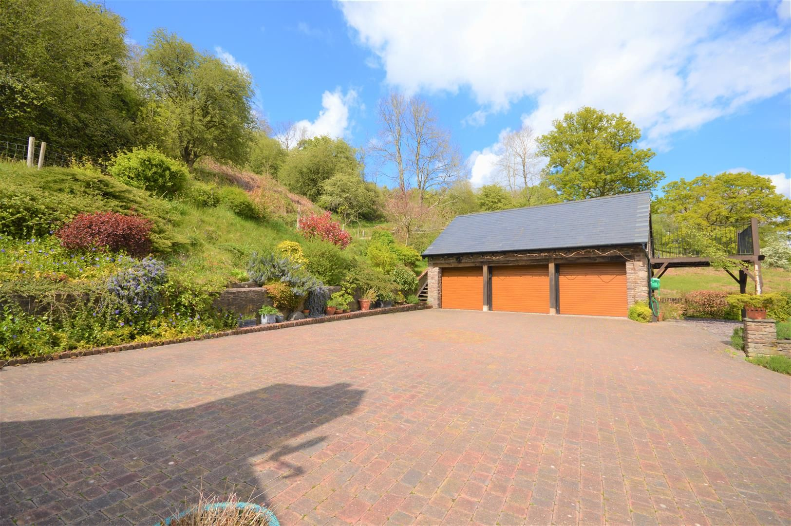3 bed detached for sale in Cwmdu 19