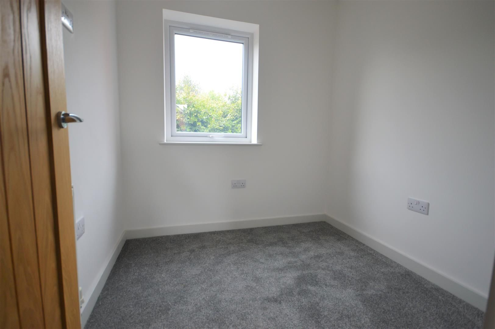 2 bed semi-detached for sale in Leominster 9